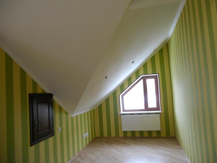 Натяжной потолок модель mansarda-14..